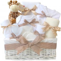 Mr Giraffe Large DELUXE Unisex Baby Hamper⼁Mum To Be Hamper⼁New Baby Hamper